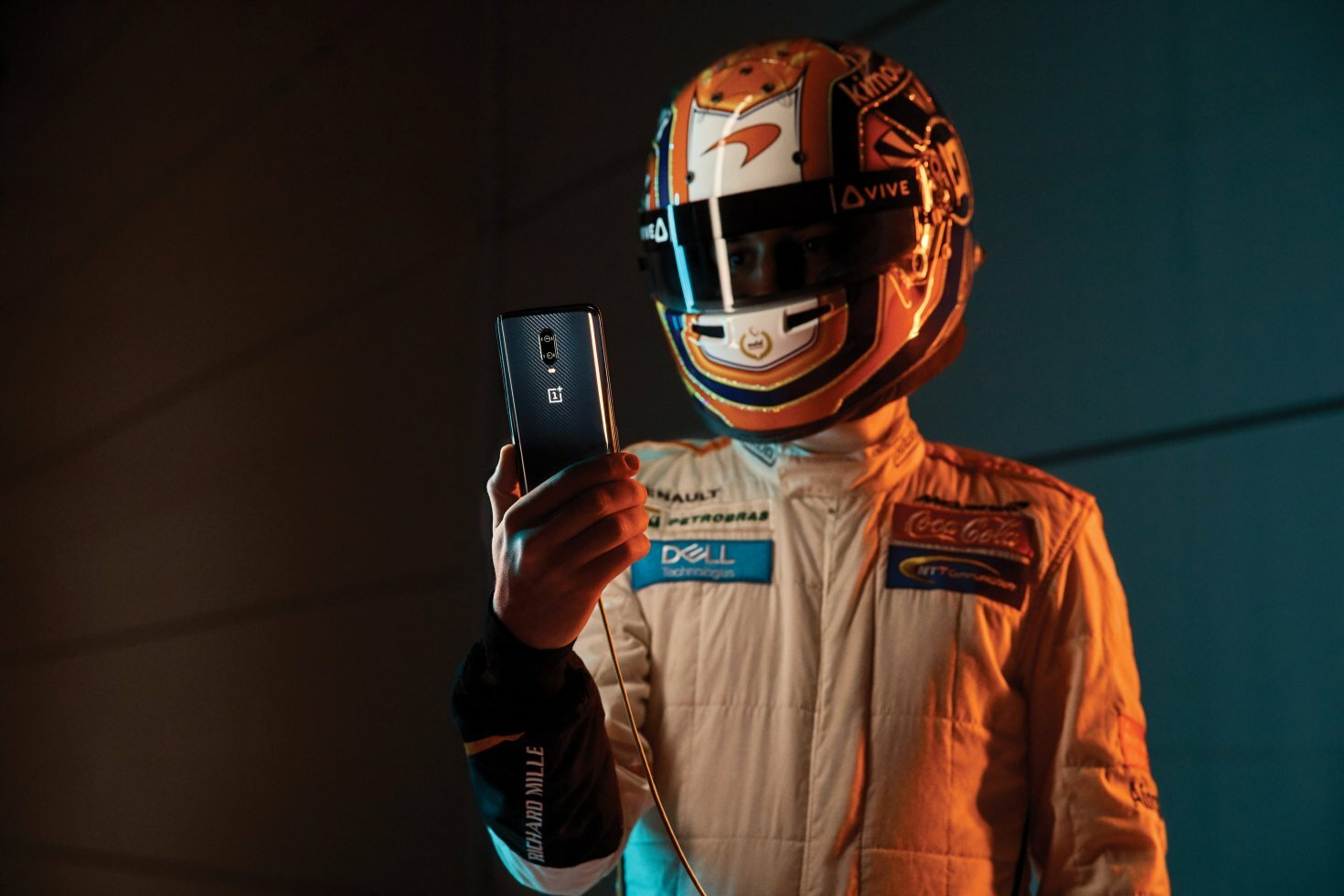 Oneplus 6T McLaren Edition: Androids nye RAM-konge