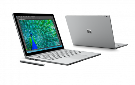 Set fra vinduet: Surface Book og Surface Pro 4