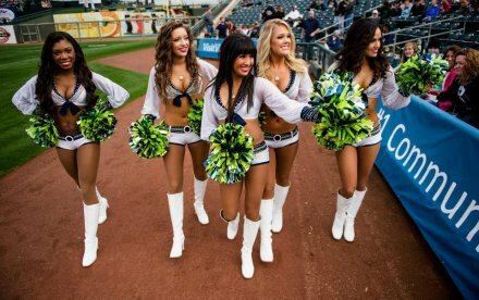 Cheerleaders: Seattle Sea Gals